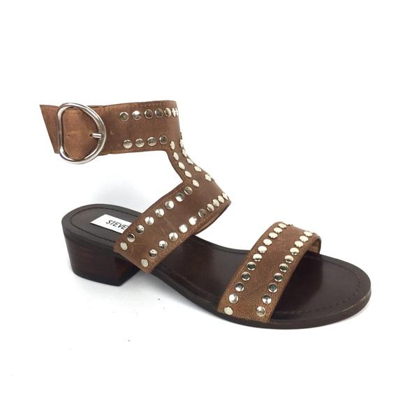 c0ca1332942e STEVE MADDEN Studded Block Heel Gladiator Sandals.  M 5b20539445c8b3f4c64917a2